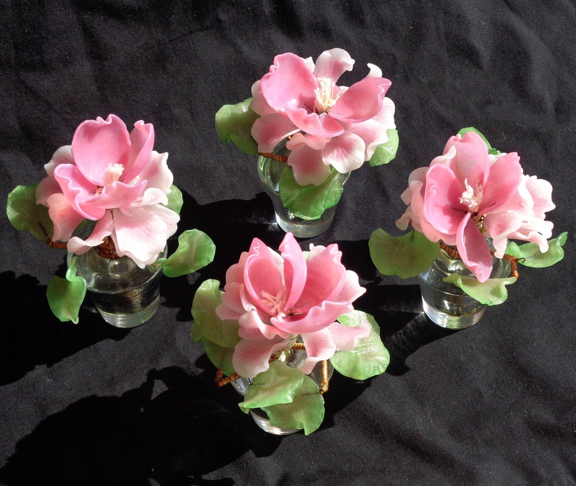 //encrypted-tbn0.gstatic.com/images?q\u003dtbnANd9GcRBgbg8ehi_jF4GVYD8491IdlQx3BS-AY1t2Lv7lD_9YEQ2i6xlQw\u0026s & Barovier Toso Italian Murano Pink Gold Art Glass Leaf Mini Flower Vase Dish