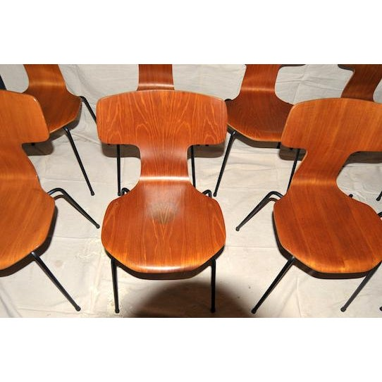 This is a set of 8 vintage Arne Jacobsen for Fritz Hansen from the 1960s. Model number on bottom of chairs: 1066 may also...