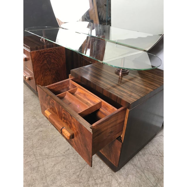 American Art Deco Vanity / Dressing Table in the Manner of Donald Deskey For Sale In Buffalo - Image 6 of 10