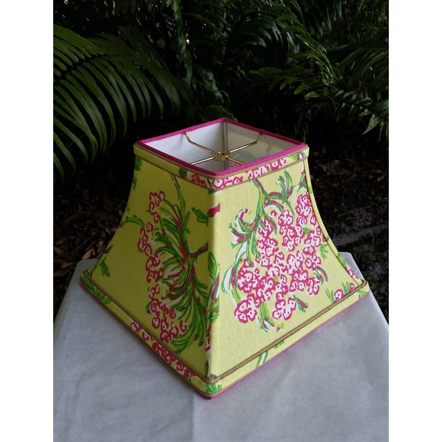 Lee Jofa Lilly Pulitzer Fabric Lampshade Hot Pink Green Tropical Floral For Sale - Image 4 of 10