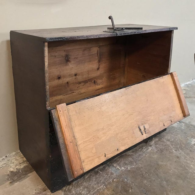 Asian 19th Century Chinese Cabinet ~ Trunk For Sale - Image 3 of 13