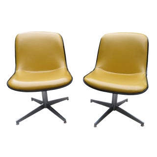 Vintage Steelcase Swivel Chairs - A Pair For Sale