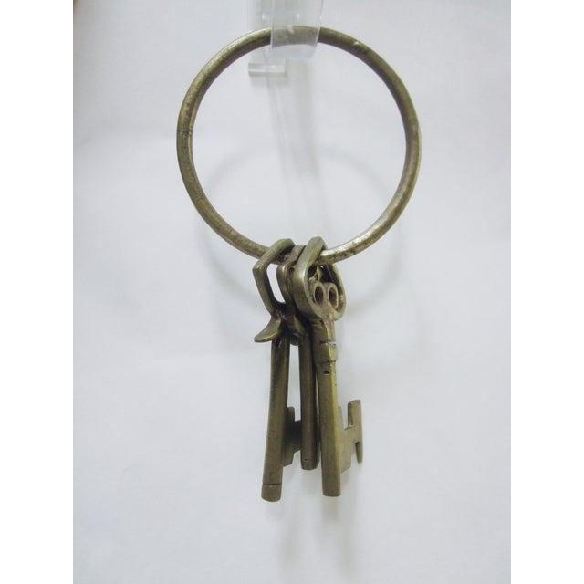 Oversize Hollywood Glam Large Brass Skeleton KeyS Ring Set - Image 5 of 9