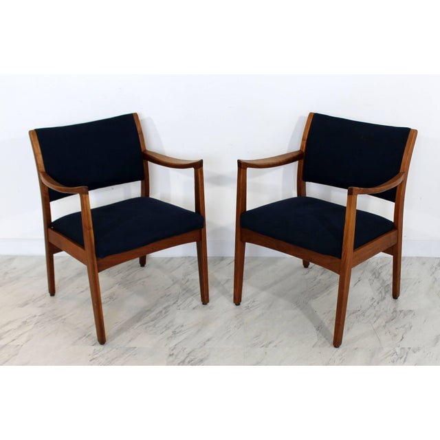 Black 1960s Mid-Century Modern Johnson Furniture co. Walnut Armchairs - a Pair For Sale - Image 8 of 8