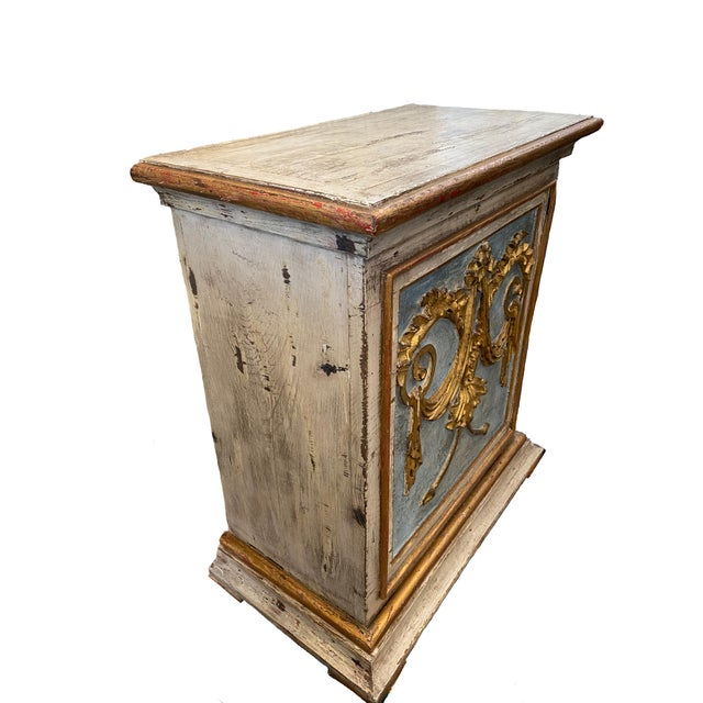 Oyster Gray 18th Century Portuguese Consoles - a Pair For Sale - Image 8 of 13
