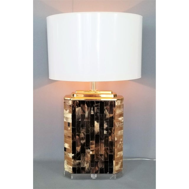 Karl Springer Vintage Tessellated Horn and Lucite Brass Table Lamp For Sale - Image 11 of 13