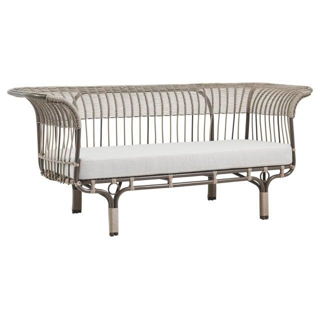 Modern Franco Albini Belladonna Exterior Sofa - Moccachino - Sunbrella Sailcloth Seagull Cushion For Sale - Image 3 of 3