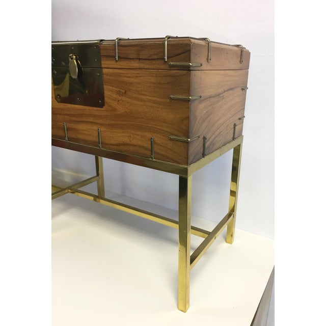Mastercraft MCM Box on Brass Base, Side Table For Sale - Image 4 of 7