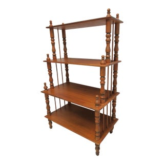 1970s English Traditional Pine Carved Shelf Etagere Display For Sale