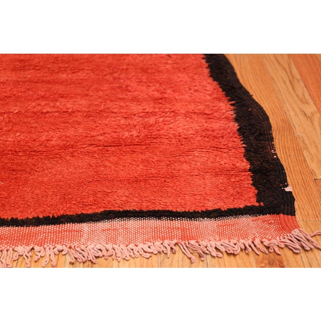 Mid 20th Century Room Size Vintage Moroccan Rug - 5′3″ × 9′ For Sale - Image 5 of 9
