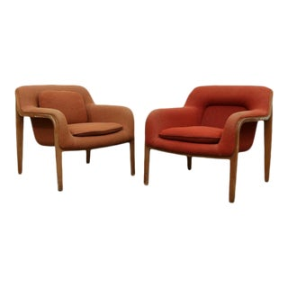 Bill Stephens for Knoll Model 1315 Lounge Chairs - a Pair For Sale