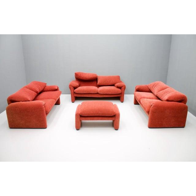 Beautiful living room set of 3 Maralunga 2-seat sofa and a stool, design Vivco Magistretti 1973 for Cassina. The group was...