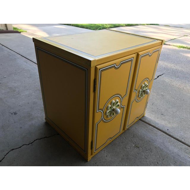 Drexel Flower Power Peter Max Style Nightstand - Image 4 of 4