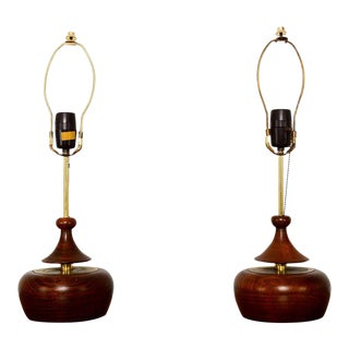 Pair of Mid-Century Modern Walnut Table Lamps For Sale