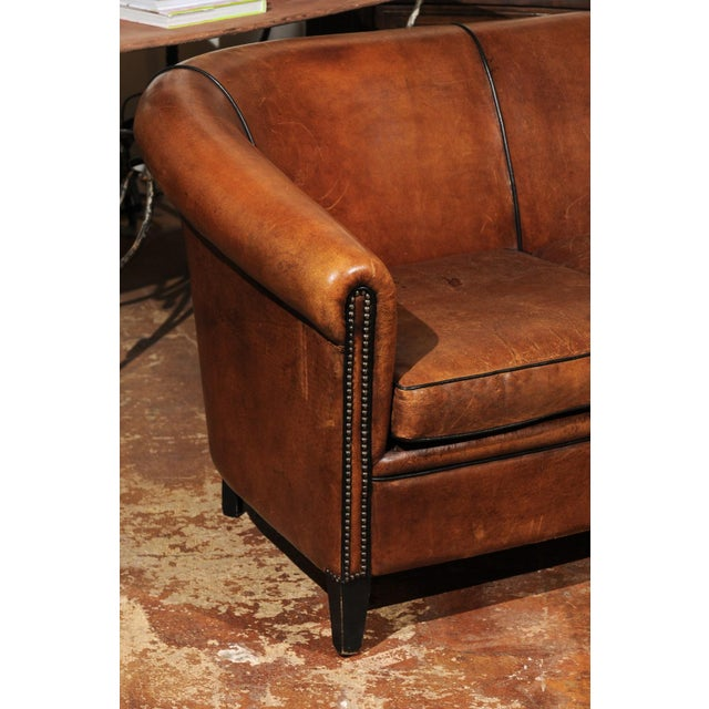 French Turn of the Century Brown Leather Sofa with Nailhead Trim, circa 1900 For Sale - Image 9 of 12