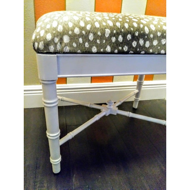 Thomasville Vintage Faux Bamboo White Gloss Palm Beach Regency Bench Ottoman W/ Ocelot Fabric For Sale - Image 4 of 8