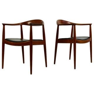 "Pair of Hans Wegner ""The Chair"" by Johannes Hansen For Sale"