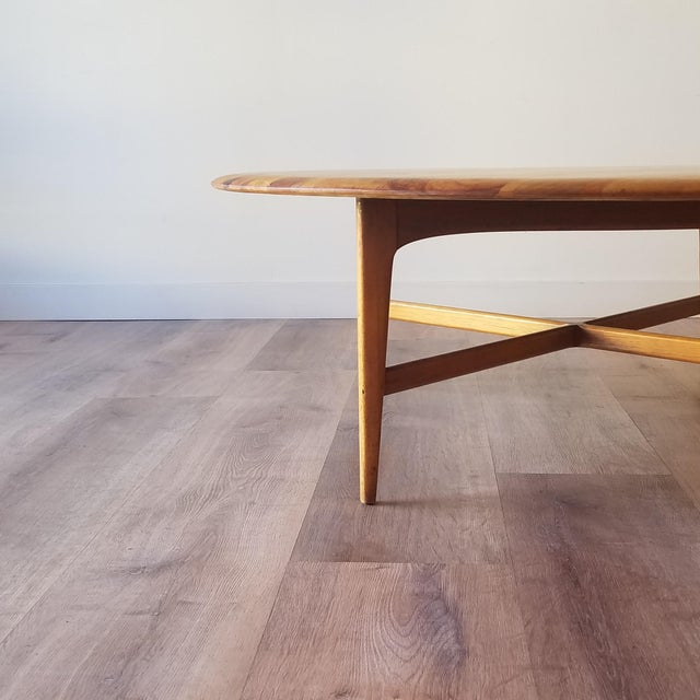 Wood Mid-Century Modern Round Maple Coffee Table For Sale - Image 7 of 11