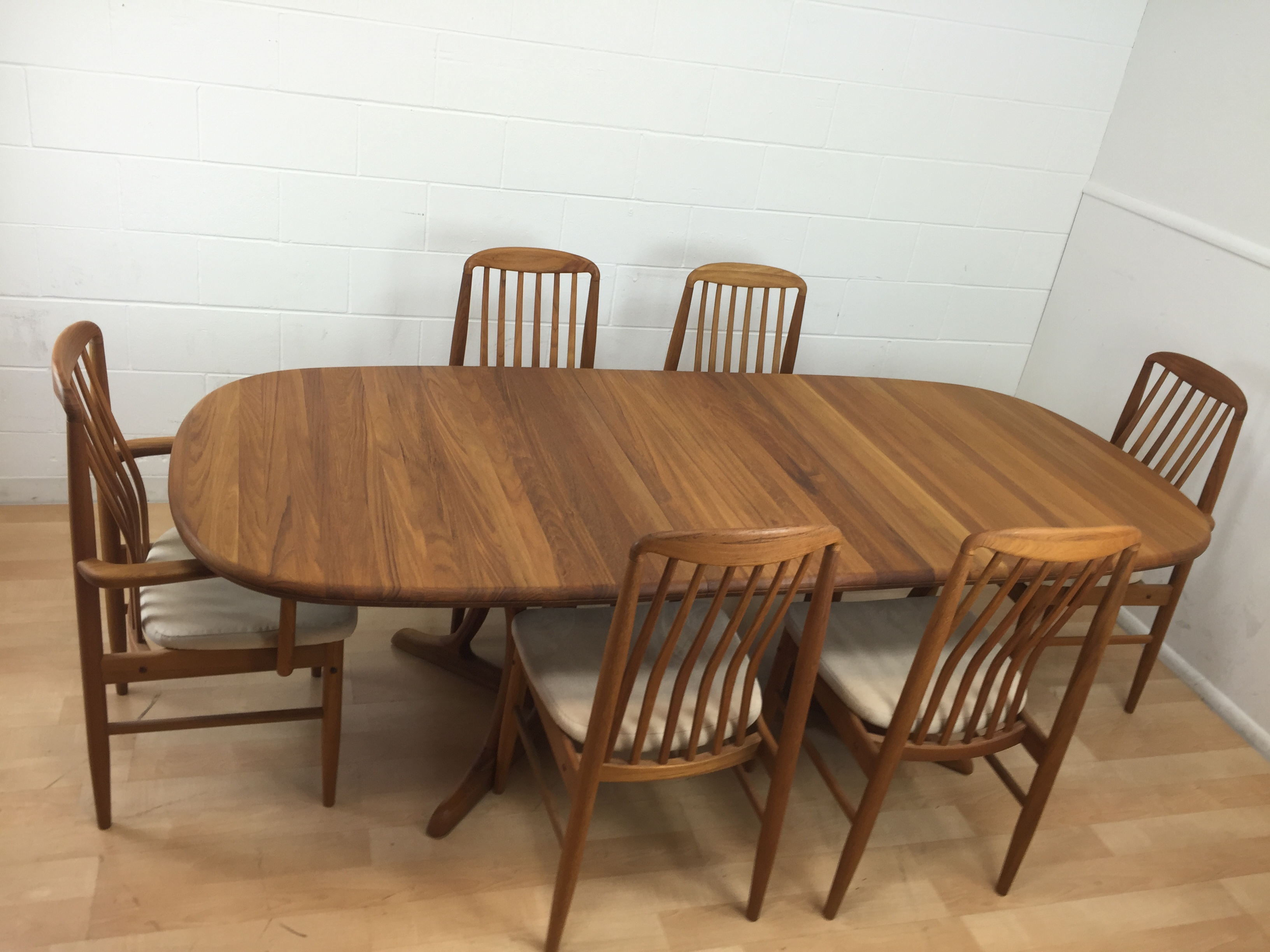 Benny Linden Mid Century Modern Teak Dining Set   Image 3 Of 11