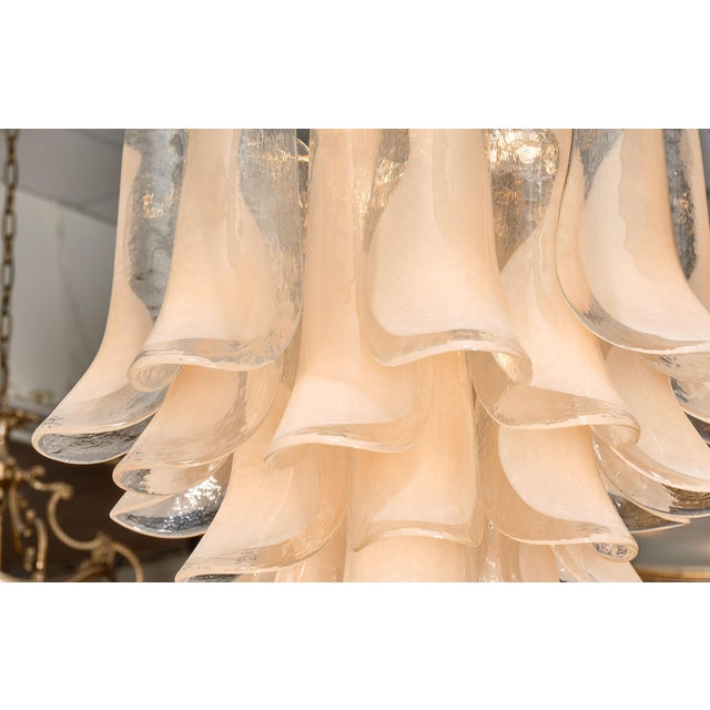 """Mid-Century Modern Peach Murano Glass """"Selle"""" Chandeliers - a Pair For Sale - Image 3 of 10"""