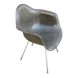 Eames Shell Armchair in Elephant Grey