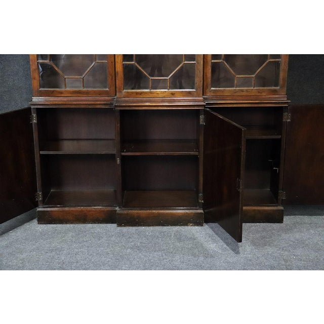 Wood Baker Georgian Style Flame Mahogany Breakfront For Sale - Image 7 of 10