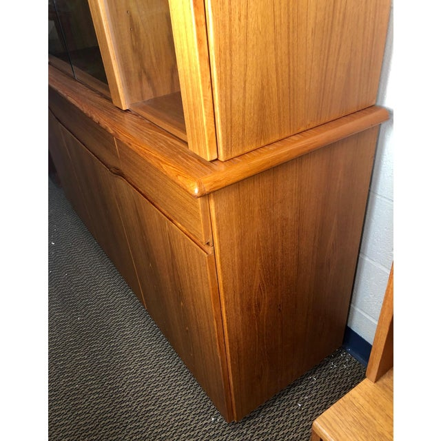 Danish Modern Teak China or Display Cabinet 1980s For Sale In Atlanta - Image 6 of 9