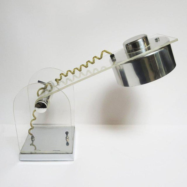 Mid-Century Modern Lucite and Chrome Table or Desk Lamp For Sale - Image 3 of 10