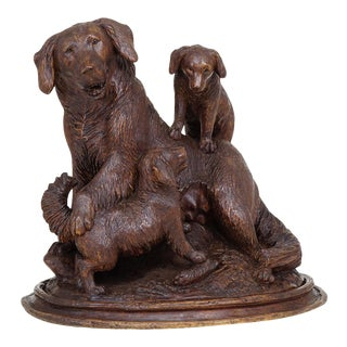 Black Forest Carved Mother Dog With Puppies - Brienz Ca. 1900 For Sale