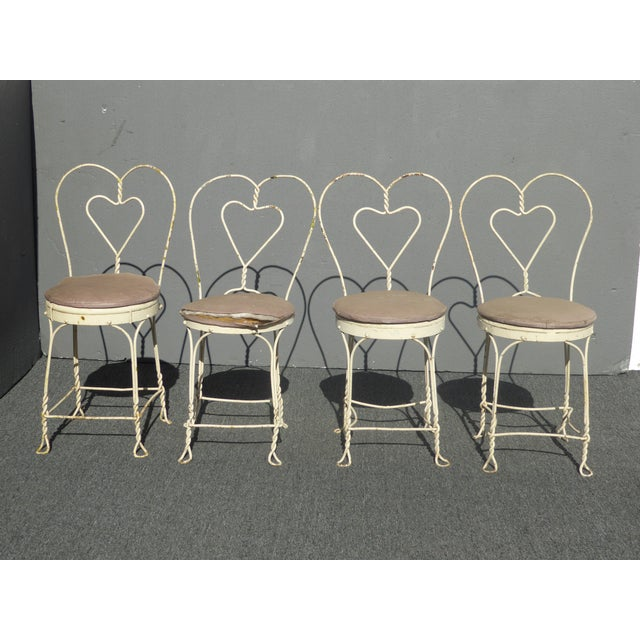 Vintage Farmhouse Industrial White Iron Table & Four Heart Shaped Chairs Set Gorgeous Set in Great Vintage Condition....