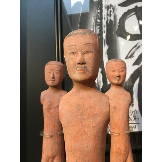 "Ceramic Set of Seven Han Dynasty Painted Pottery ""Stick Men"" For Sale - Image 7 of 8"