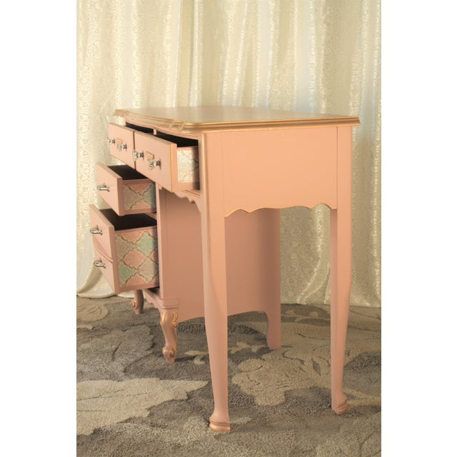 Hollywood Regency 1960s Hollywood Regency Pink Vanity/Changing Table For Sale - Image 3 of 6
