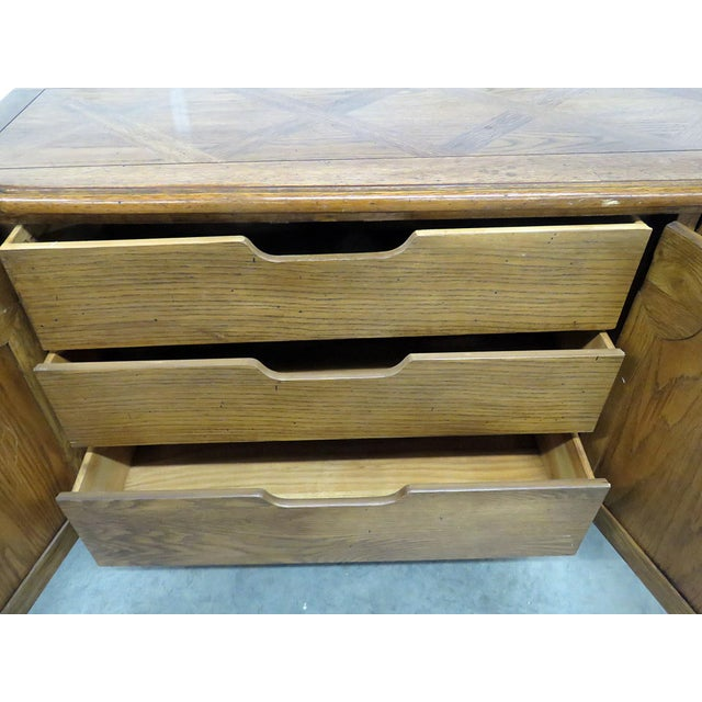 Thomasville Country French Style Sideboard For Sale In Philadelphia - Image 6 of 10
