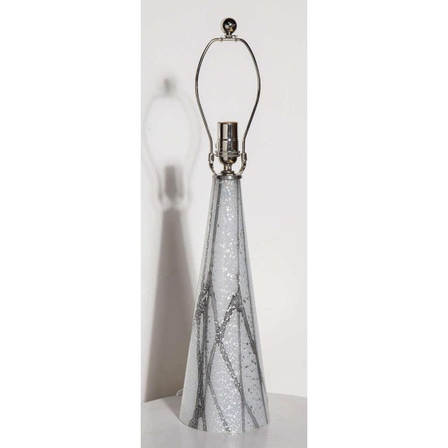 Gray 1960s Seguso Murano Glass Shimmering White Table Lamp With Silver Inclusions For Sale - Image 8 of 9