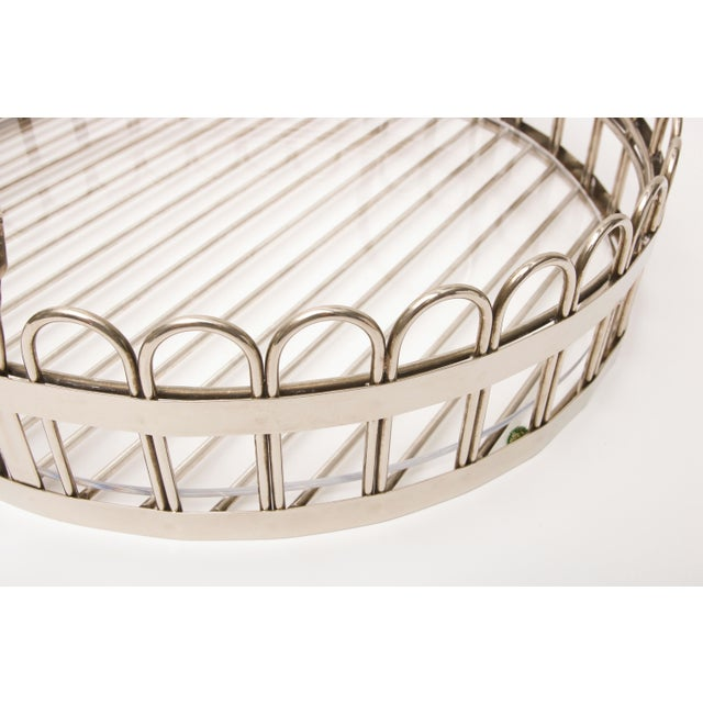 Godinger Silver-plated Round Serving Tray With Lucite Inset, 20th Century For Sale - Image 9 of 11