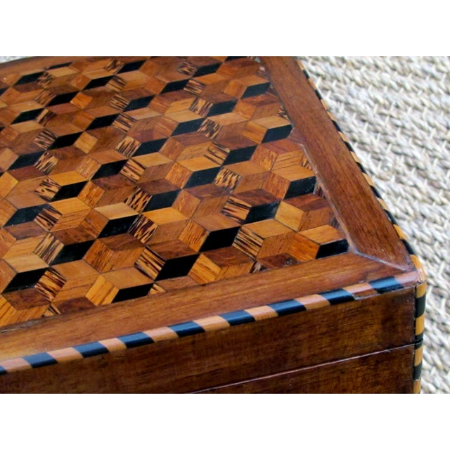 A Handsome and Warmly-Patinated English William IV Mahogany Dressing Box With Tumbling Block Inlay For Sale In San Francisco - Image 6 of 7
