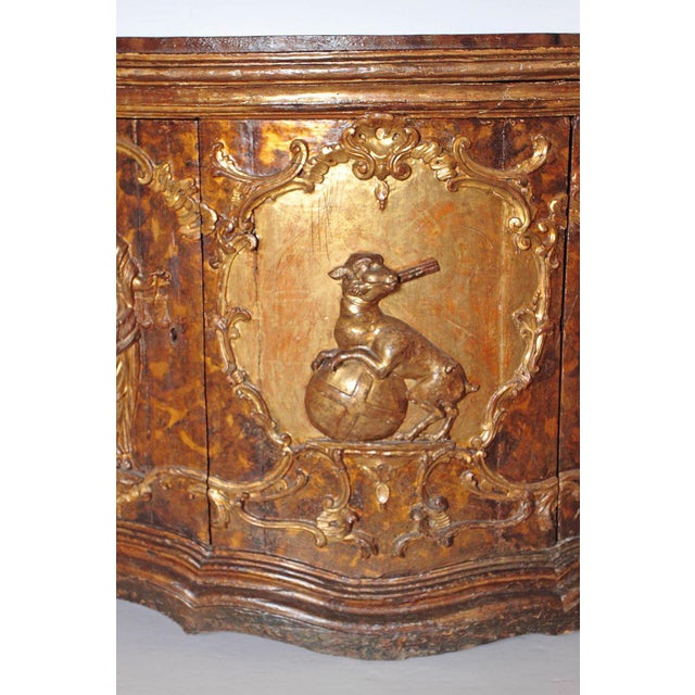Baroque 17th Century Venetian Vestiary Gilt Cabinet With Faux Marble Top For Sale - Image 3 of 13