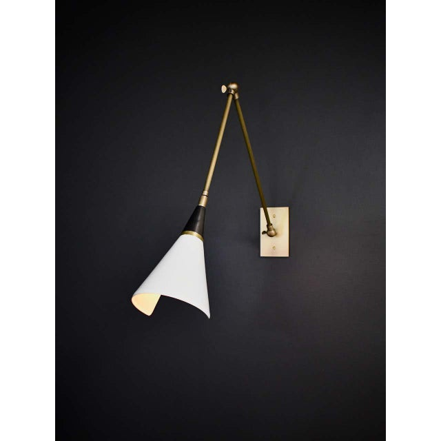 Magari Adjustable Wall Lamp in Black, White and Brass by Blueprint Lighting For Sale In New York - Image 6 of 10
