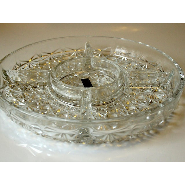 Appetizer tray lead crystal glass with 5 compartments in excellent condition with original carton. France. diameter 25 cm...