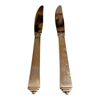 1940s Art Nouveau Deco Georg Jensen Sterling Silver Pyramid Dinner Knives - a Pair For Sale