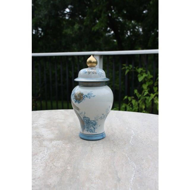 Asian Vintage Blue, White & Gold Kutani Porcelain Temple Jar / Vintage Gold Imari Blue Peacock Ginger Jar With Lid For Sale - Image 3 of 6
