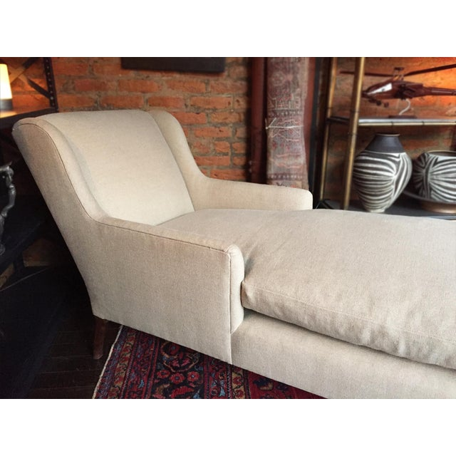 1940s Danish Chaise Lounge in Belgian Linen For Sale - Image 4 of 13