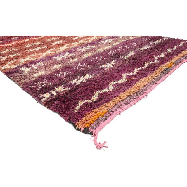 20637 vintage Berber Moroccan rug with modern style. Featuring rich waves of abrash and the graphic appeal of Folk Art,...