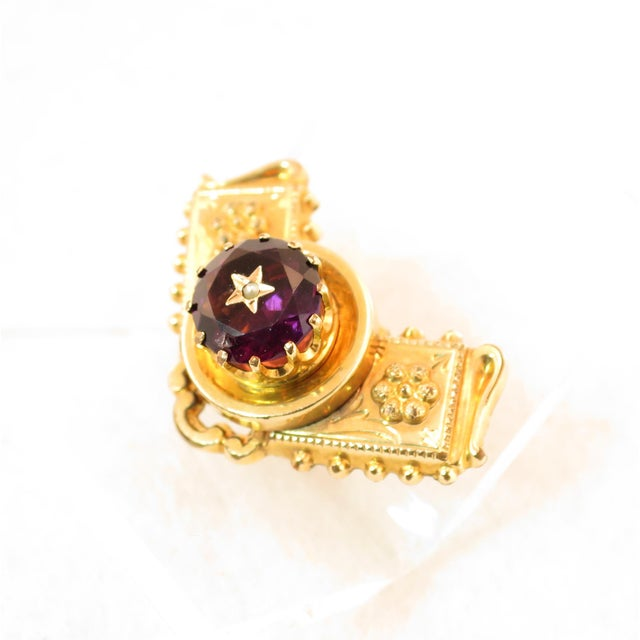 Traditional Georgian 10k Gold Carved Amethyst Brooch1830 For Sale - Image 3 of 13
