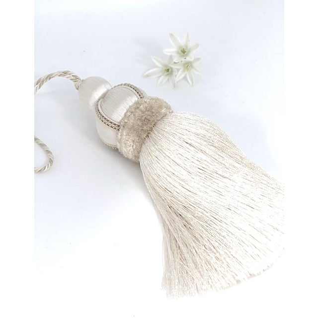 Ivory Key Tassel W Cut Velvet Ruche For Sale In New York - Image 6 of 13