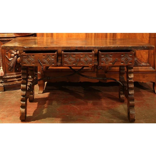 French 18th Century Spanish Carved Walnut Table Desk For Sale - Image 3 of 10