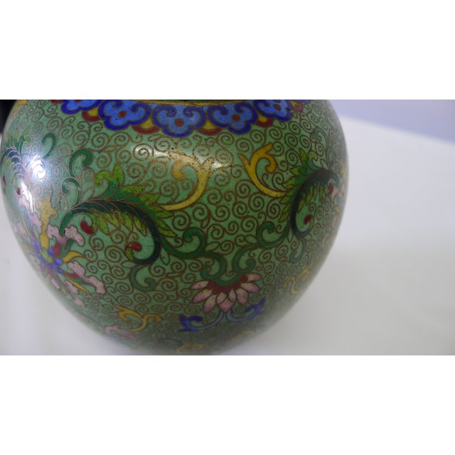 20th Century Chinese Green Cloisonné Vase For Sale In Los Angeles - Image 6 of 9