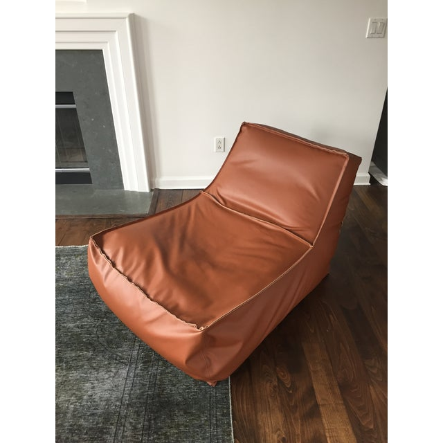 Outstanding Zoe Lounge Leather Chair Dailytribune Chair Design For Home Dailytribuneorg