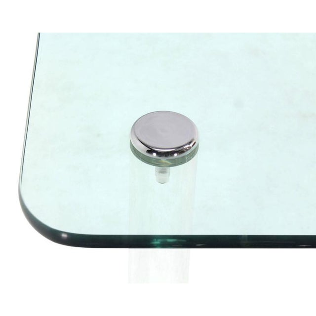 Mid 20th Century Mid-Century Modern Square Glass Top Coffee Table on Lucite Cylinder Legs For Sale - Image 5 of 8