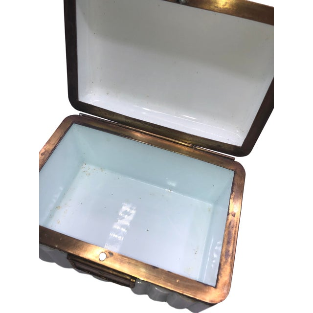 1950s 1950s French White Opaline Glass Box For Sale - Image 5 of 11